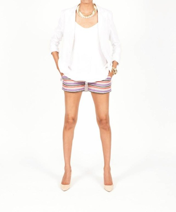 Standing Armed Lillium Shorts