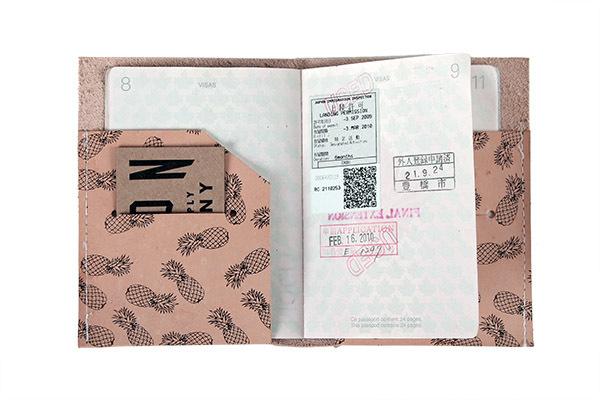 Union Wood Co. Passport Holder - Pineapple