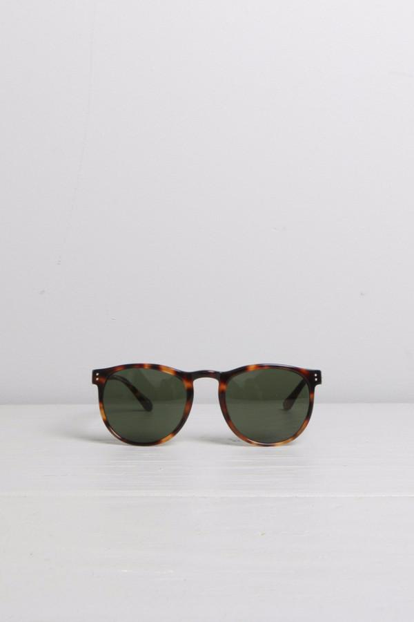 Linda Farrow D-Frame Classic T-Shell Sunglasses