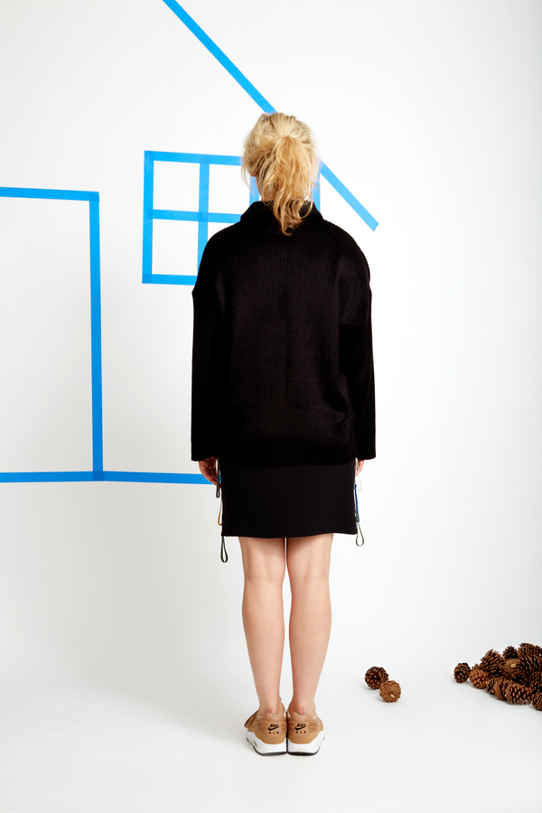 CF. Goldman Oversized Sweater - Black Faux Fur