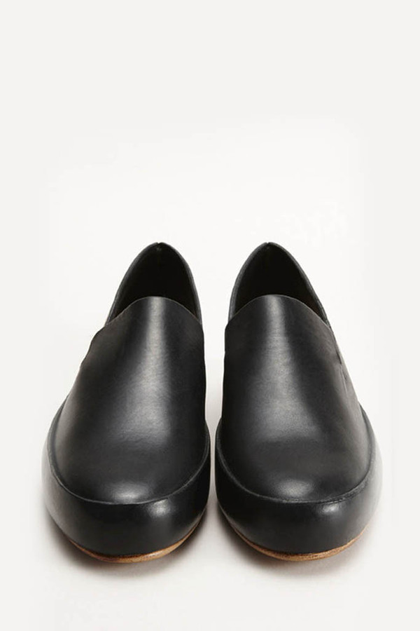 FEIT Black Hand-sewn Slipper