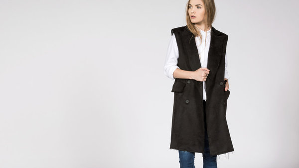 BLQ Basiq Ravel Sleeveless Jacket