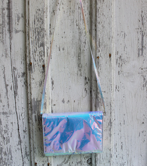 Zilla Iridescent Glossy Squared Clutch