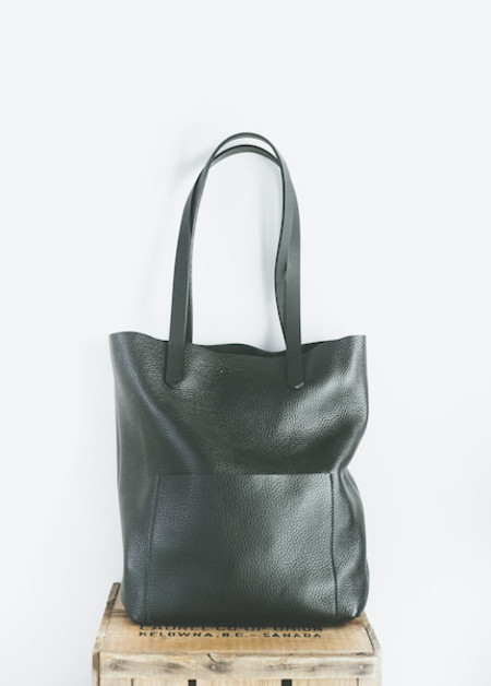 The Stowe - Heather Tote in Black