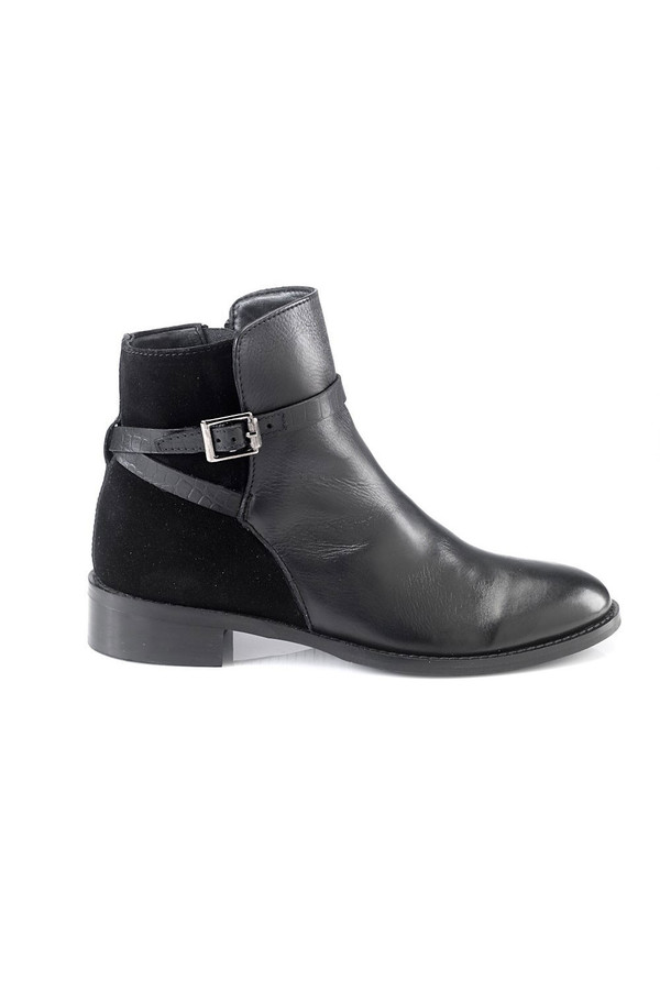 Artemisia Lalita Black Leather Ankle Boots