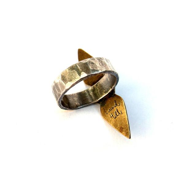 Laurel Hill Arrowwood Ring