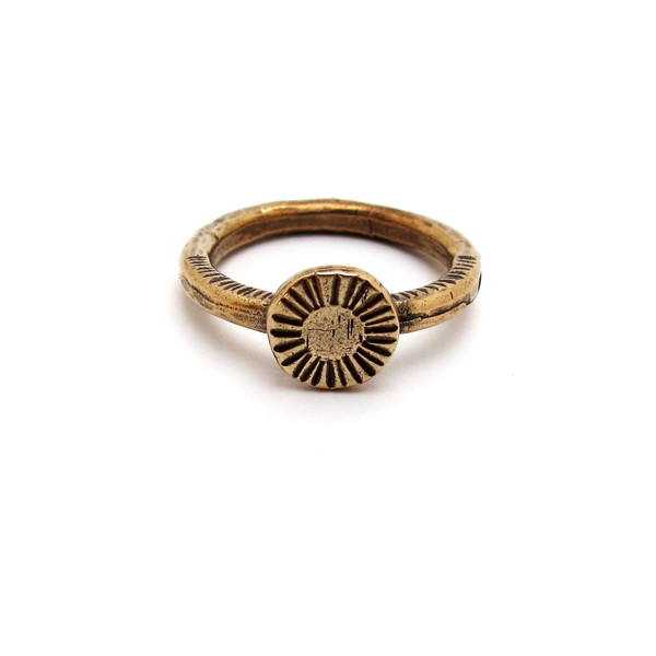 Laurel Hill Circle Relic Ring