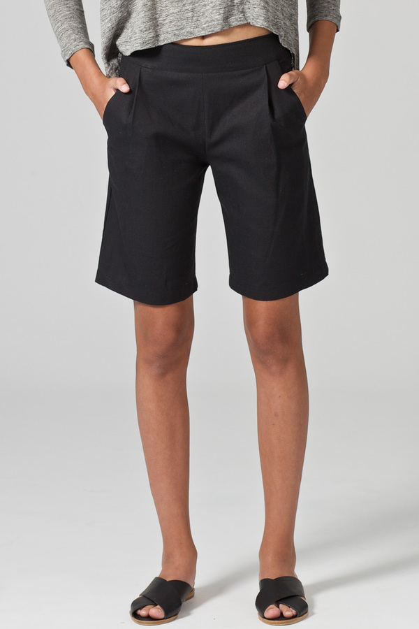 Pillar Oblong shorts