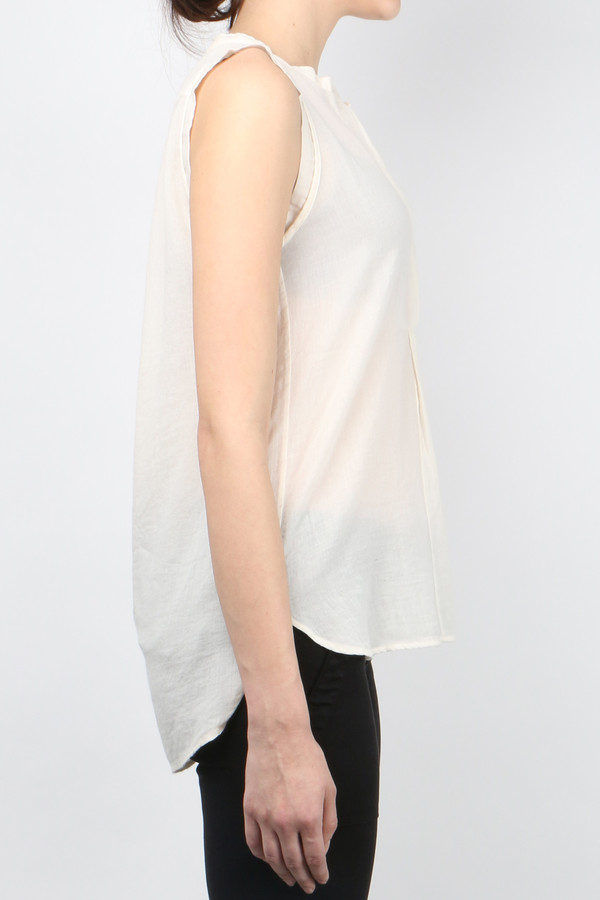 Pomandere Sleeveless Top