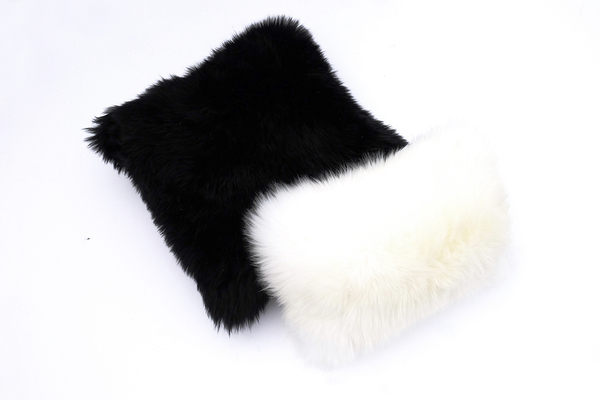 "Primecut White Sheepskin Pillow (16"" x 10"")"