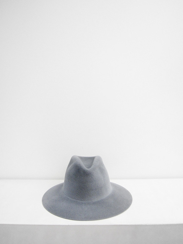 Short Brim Pinch Hat, Dove Grey