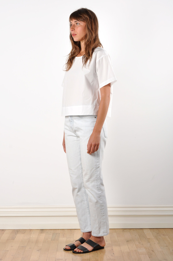 Waltz Drop Shoulder T-shirt in White Cotton Poplin