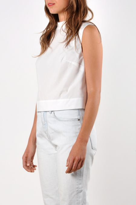 Waltz Mock Neck Sleeveless Tee in White Cotton Poplin