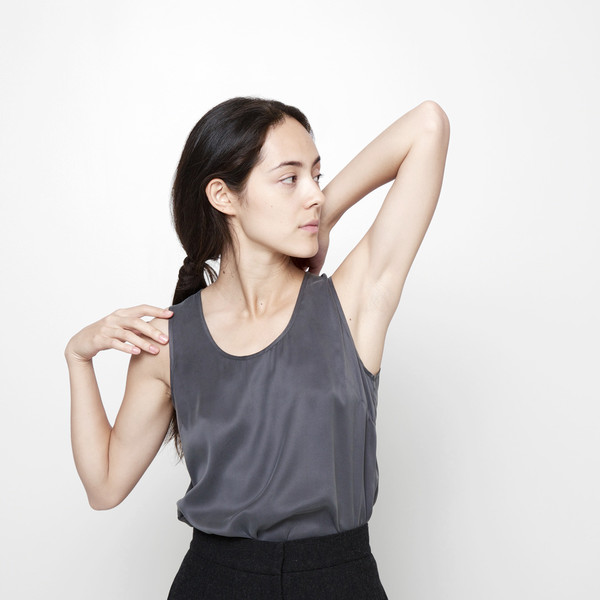 7115 by Szeki Signature Sandwashed Silk Tank