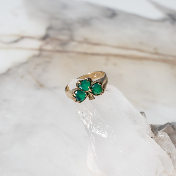 Shamrock Emerald Ring