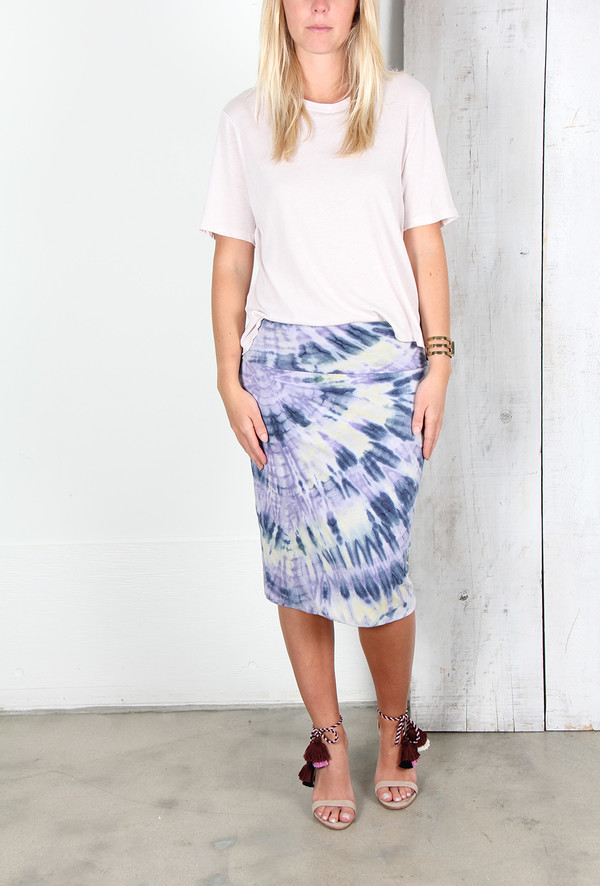 RAQUEL ALLEGRA DOUBLE LAYER SKIRT IN VIOLET TIE DYE