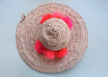 Eliza Gran: Straw & Pom Pom Hat
