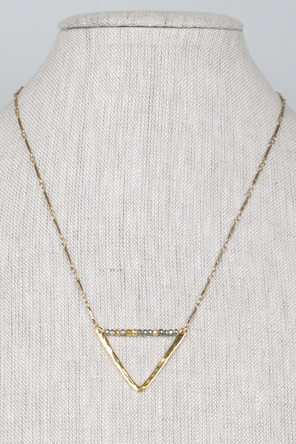 ML7344 Hammered Brass Triangle Nk