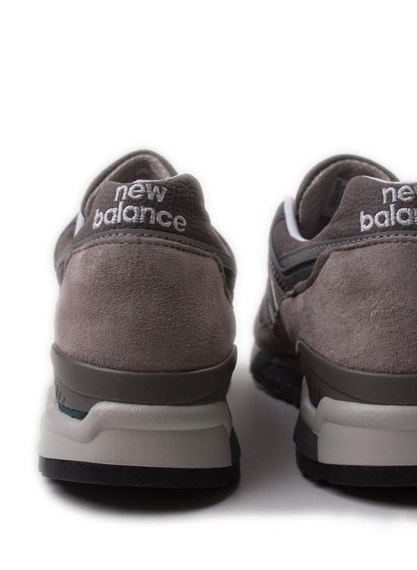 Men's  New Balance M9975GR