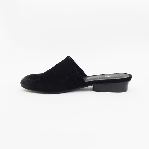 Intentionally Blank Black Touch Mule