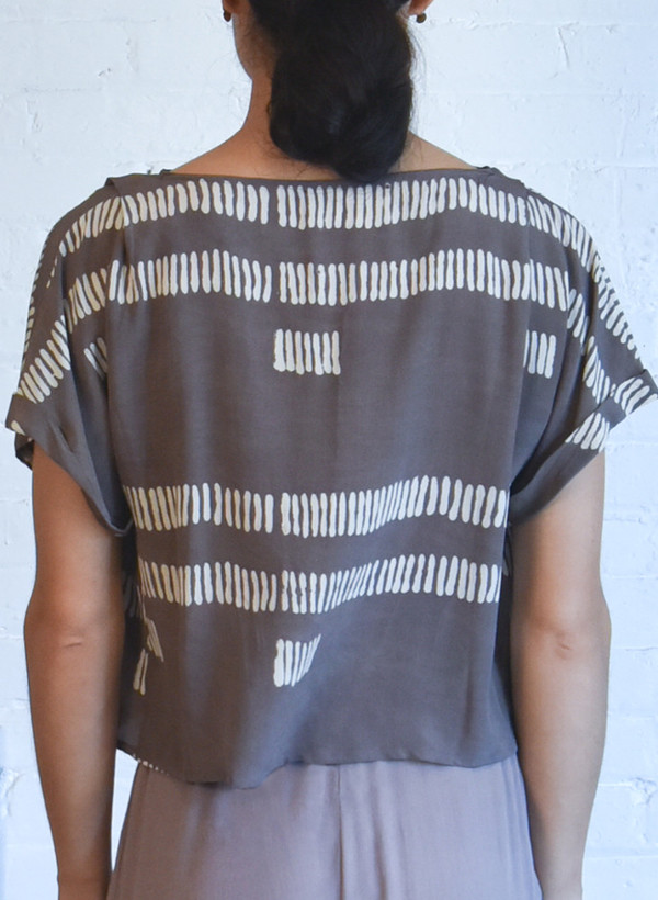 Seek Collective Maggie Top, dove dashes print