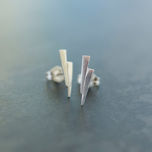 T. Kahres Razor Studs Silver - SOLD OUT