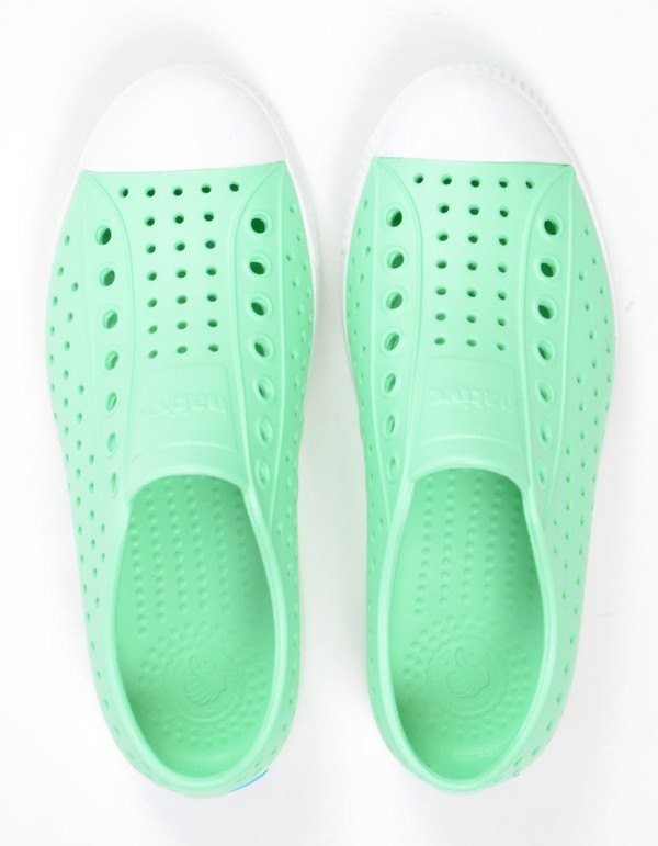 Native Shoes Native Jefferson Moola Green with Shell White