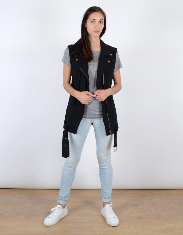 Neuw Izabel Vest Black Overdye