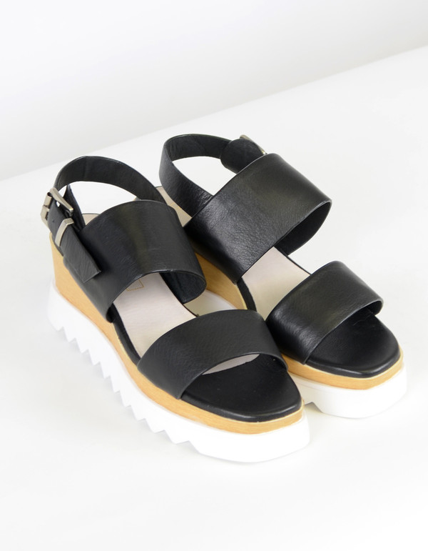 Sol Sana Traci Wedge Black