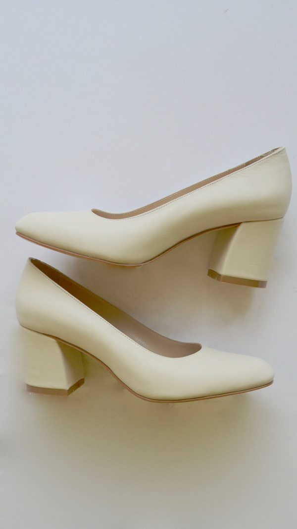 Maryam Nassir Zadeh Maryam Pump in Shell Calf