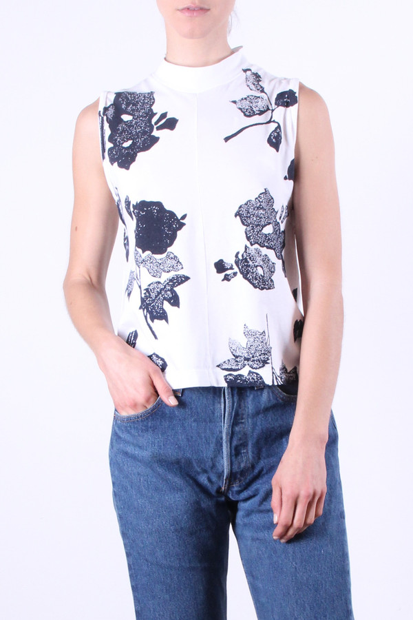 Calder Blake Eliot Tank in White Flower Print