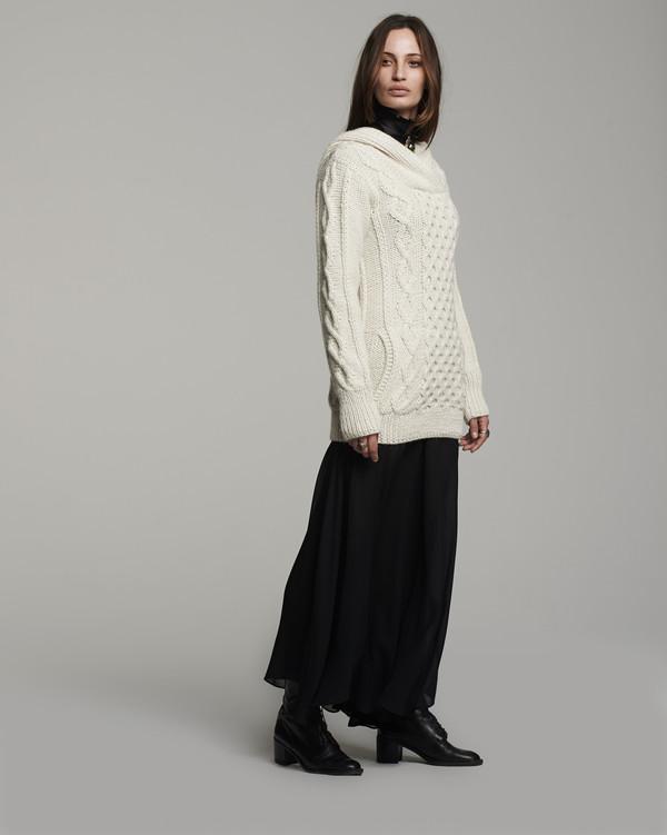 Voz Fisherwoman Sweater