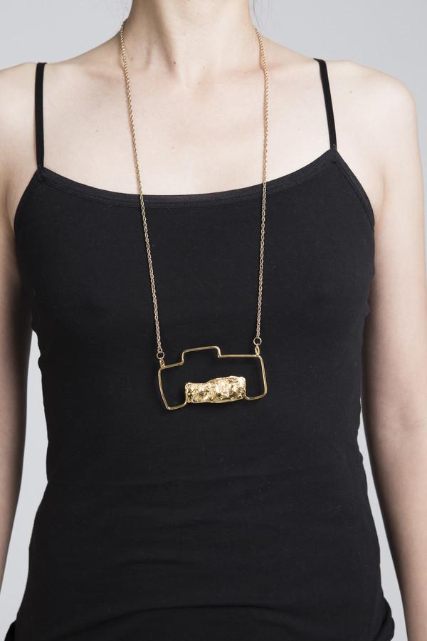 Ladyluna Camera Necklace