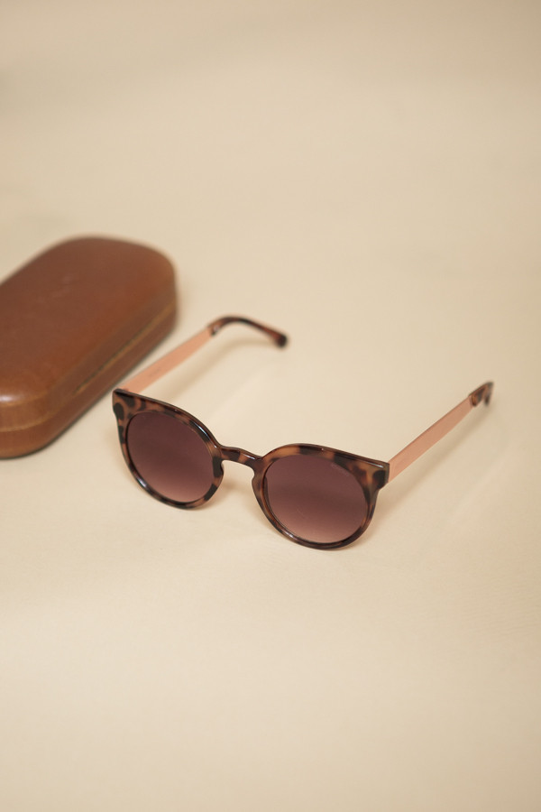 KOMONO Lulu Sunglasses / Rose Gold Metal