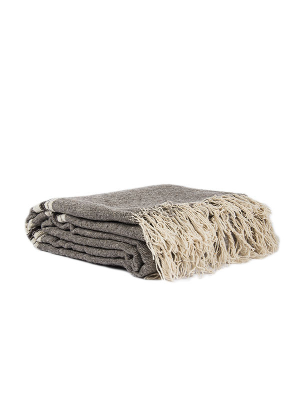 The Mountain Blanket in Grey