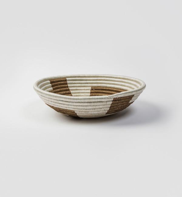 Indego Africa White Geometric Gold Plateau Basket