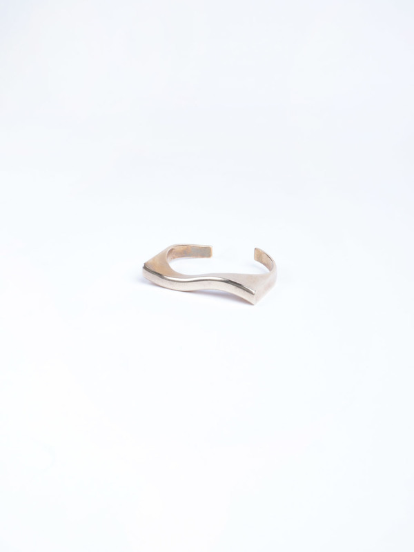 Stvdio Brooklyn Squiggle Cuff