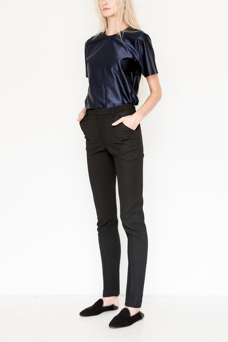 Area Embossed Slim Pant