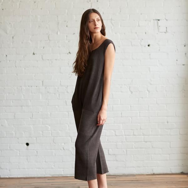 Lauren Manoogian Peg Lounger