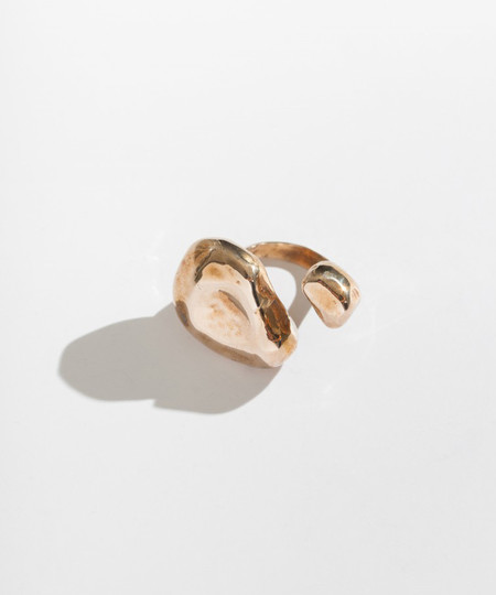 Faris Float Ring