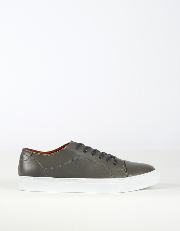 Garment Project Classic Lace Sneaker Grey
