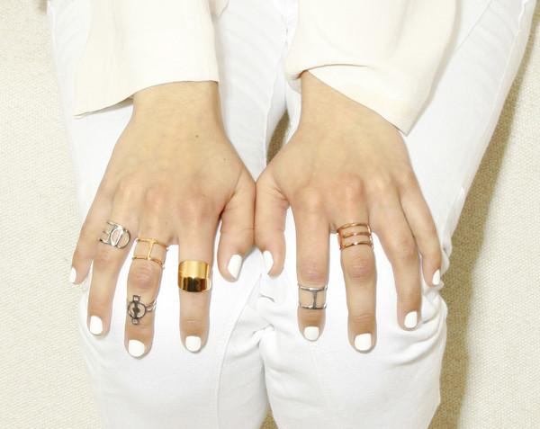 ALYNNE LAVIGNE - Line Ring