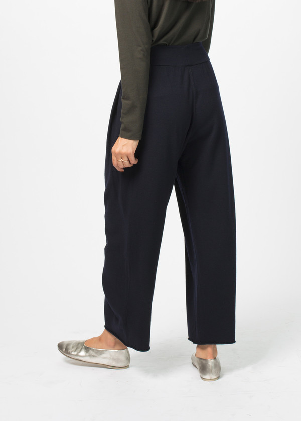 Labo.Art Raggio Pleated Pant