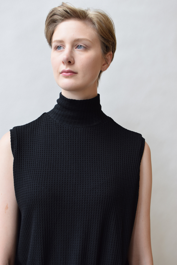 LNA Nessy Sleevess Turtleneck Top
