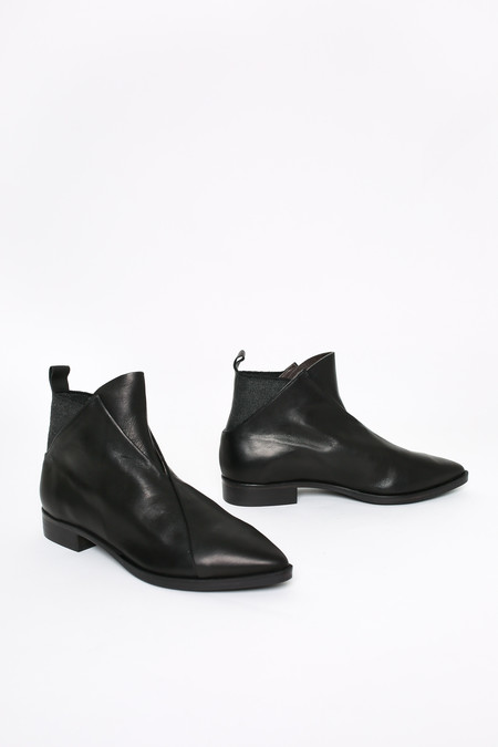 Coclico Arne bootie in pagoda black