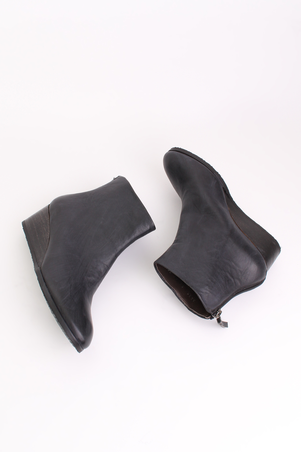 Coclico Oby bootie in black