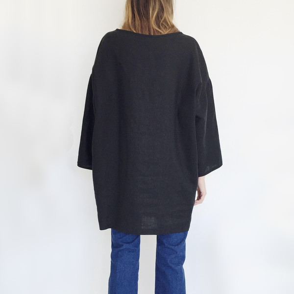 LLOYD Black Linen Tunic