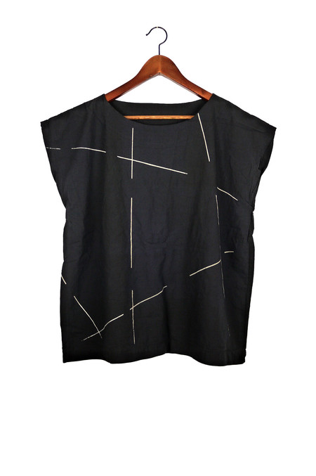 Uzi NYC Black Beams Tunic
