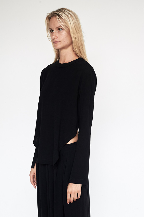 Assembly New York Crepe L/S Bevel Top