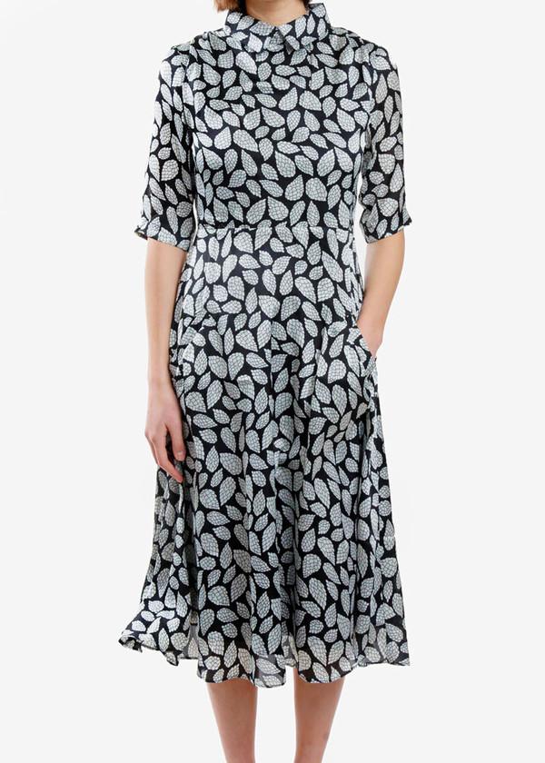 Toit Volant - Backless Circular Dresses